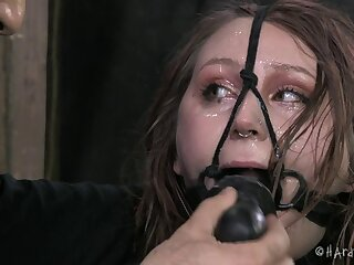 Tattooed amateur Mollie Rose loves being tied up and rough fucked