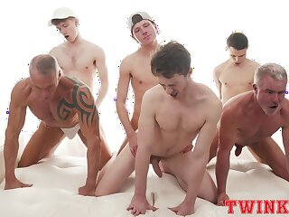 Hunky group of young gay boys delights on every side a foolhardy anal orgy