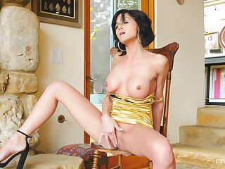 Nice tits singular model Taylor opens their way legs to masturbate on the chair