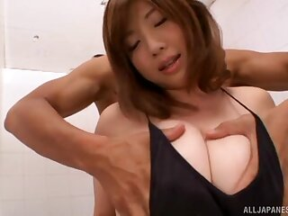 Japanese cutie Nakamura Chie spreads her legs to be fucked good
