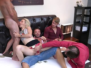 Three guys to devour babe's premium pussy and ass
