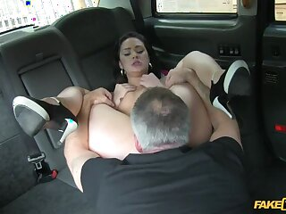 Hot Babe Can't Give forth entangled with of say no to Cab Ride