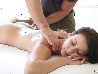 First time a massage ends with load of shit in her wet cunt
